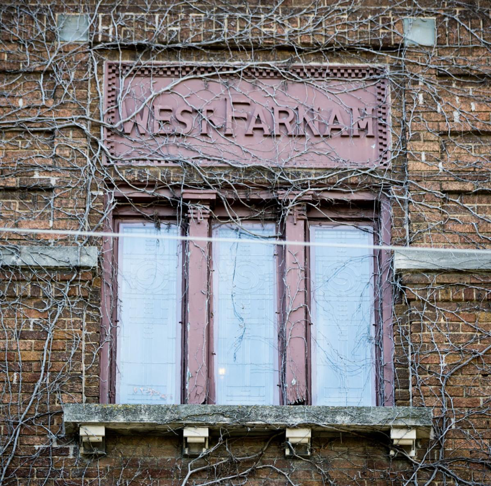 West Farnam Apartments - Building sign