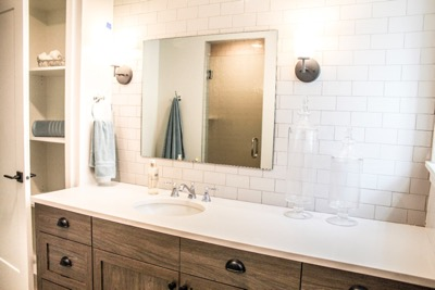 West Farnam Apartments - Bathroom remodel